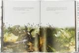 """Книга російською мовою «Warhammer 40000. Образи війни. Мистецтво """"Битв Космодесанта"""" »"""
