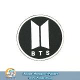 Фірмова тканинна нашивка BTS #1